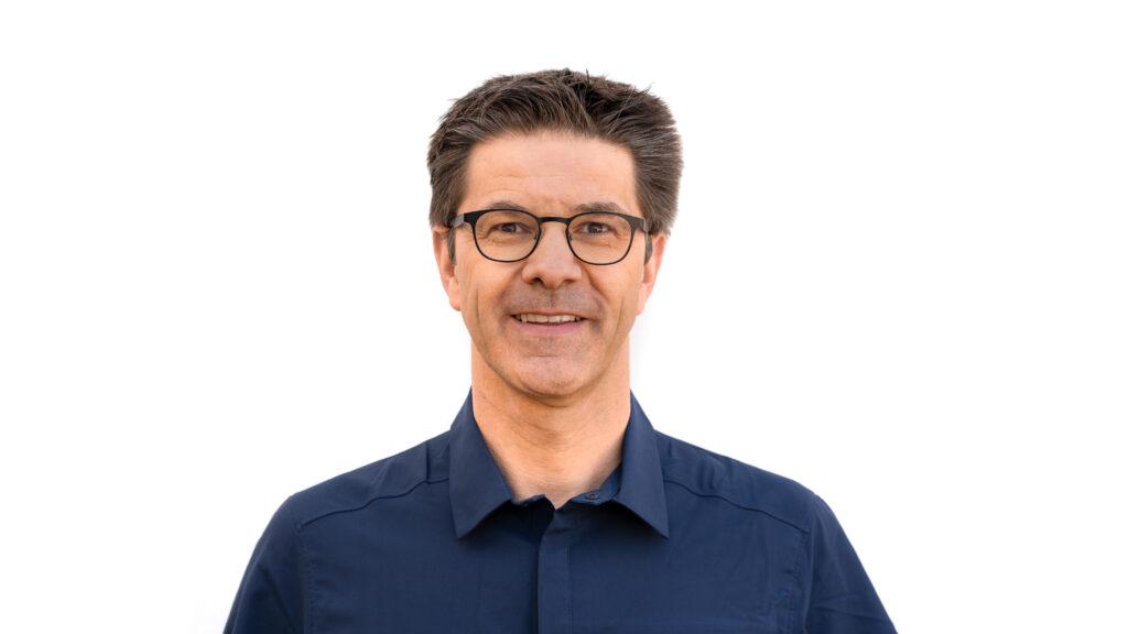 Dr. Andreas Jakobi